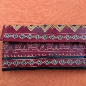Wallet: India motif/leather
